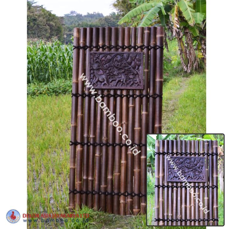 Black half bamboo fence with 4 back slats and black coco rope, including wooden decorative inserted